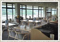 月山湖展望レストラン 大噴水 店内イメージ